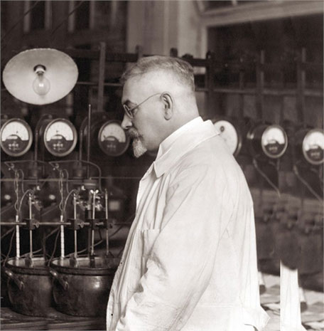 Dr. Max Schlötter